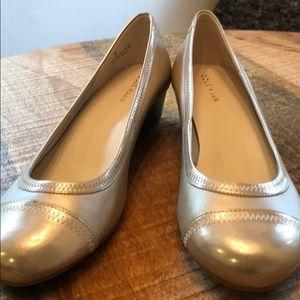 Cole Haan Elsie gold size 7.5